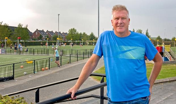 De nieuwe trainer Wilco van den Bos op het sportpark van Sparta in Stadshagen.