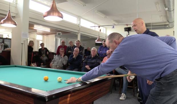 De biljartclub in Dronten is één van de verenigingen die rechtstreeks huren van de gemeente.