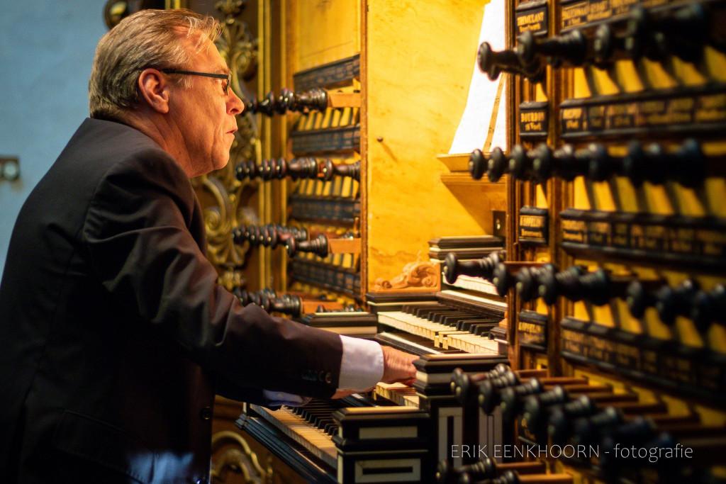 Everhard Zwart presenteert uitgebreide versie van Psalm 99 van zijn vader Willem-Hendrik Zwart