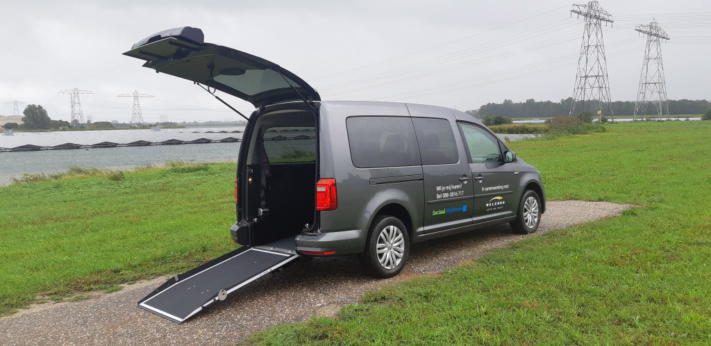 Welzorg AutoopMaat start verhuur nieuwe rolstoelauto in Zwolle