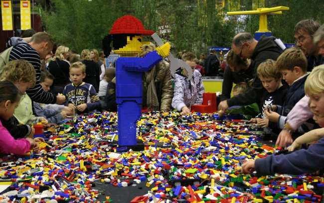 Nieuw Kinderevent in de IJSSELHALLEN in de herfstvakantie  Doe 's Gek !