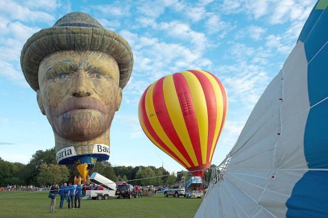 Ballonspektakel maakt voortvarende start