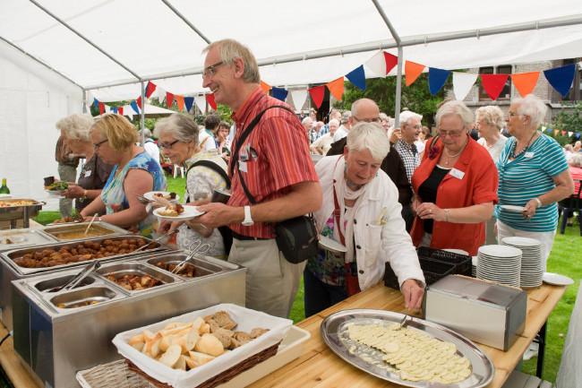Buffet is kers op de taart voor vrijwilligers
