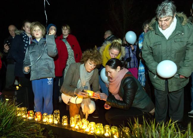 Kampen herdenkt overleden kinderen