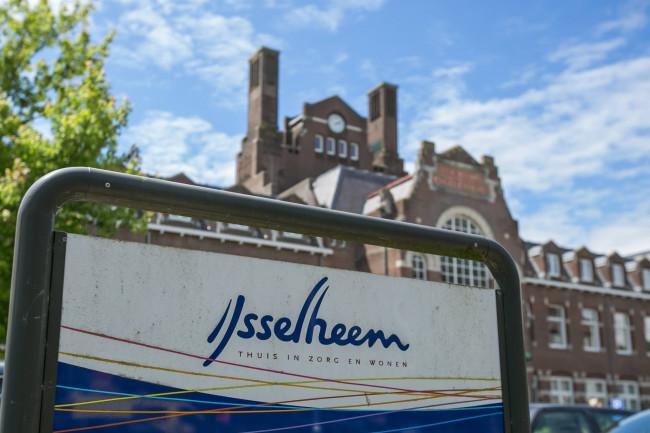Woonzorgconcern IJsselheem verklaart in 2015 51 mensen boventallig
