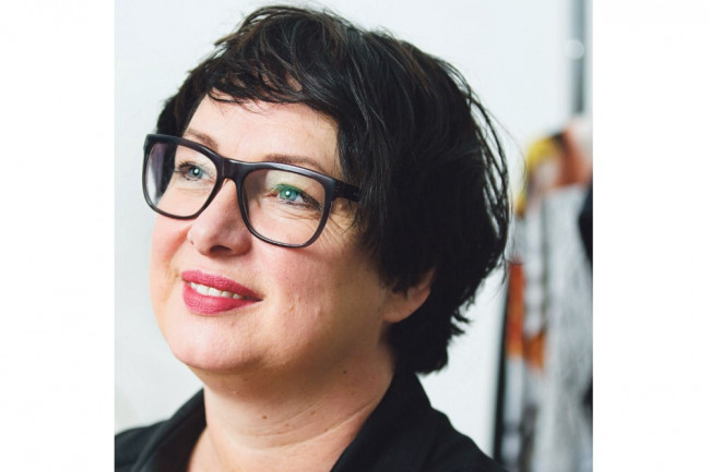 Karin van Oosten opent nieuw en modern naaiatelier