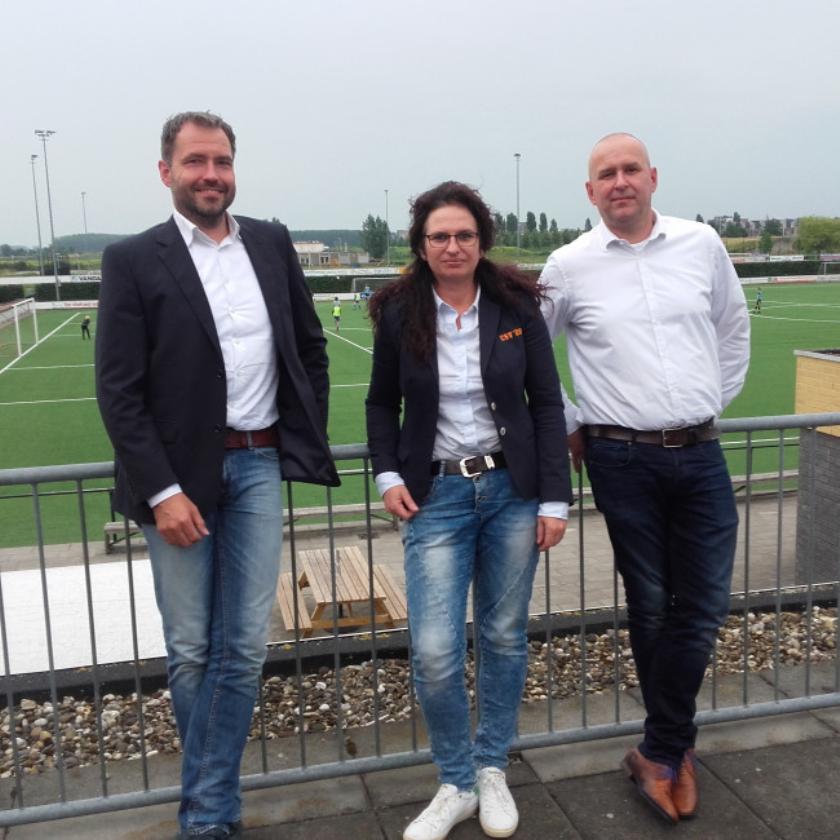 Interim-bestuur, vlnr: penningmeester Rob Kroeze, voorzitter Jolanda Strijk en secretaris Steven Dekker