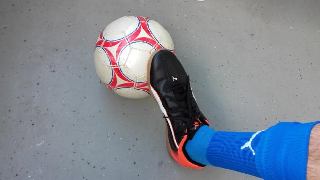 Zaalvoetballen in juni in de WRZV-hallen