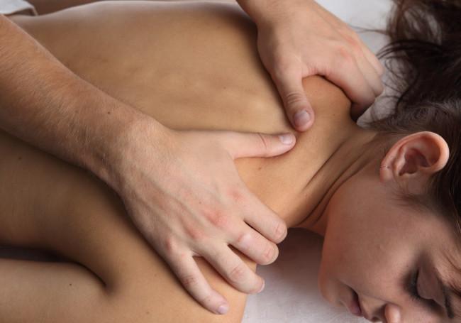 Leer masseren bij Helmy Helmink
