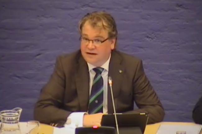 Paul Vermast sluit binnen 25 minuten de raadsvergadering.