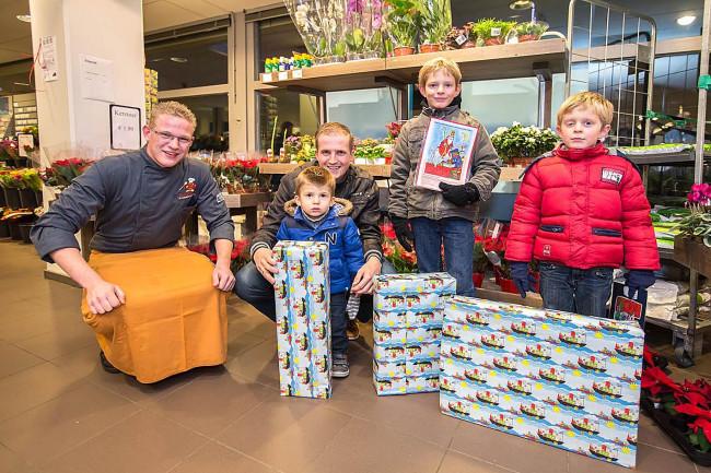 Winkeliers Winkelcentrum West delen prijzen uit