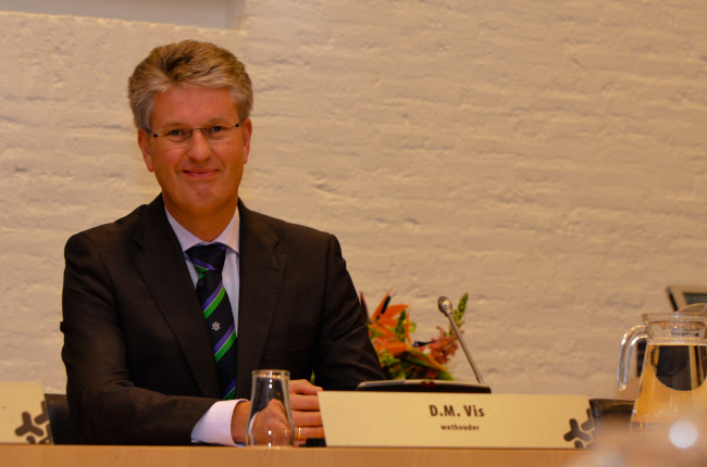 Wethouder Dirk Minne Vis overleeft 'motie van treurnis' van de oppositie