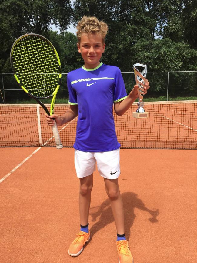 Ivar Vinke wint in Breda