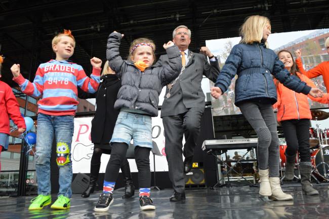 Dronten zoekt een opvolger voor burgemeester Aat de Jonge.
