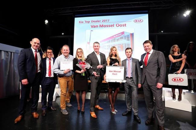 Kia Van Mossel benoemd tot Top Dealer 2017