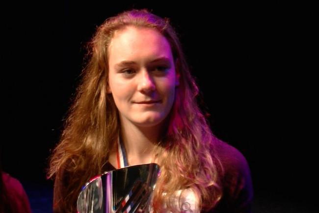 Joyce Schumacher wint zilver op verspringen bij NK indooratletiek