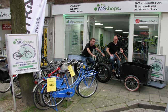 Elektrische bakfietsen staan klaar voor opstapdagen bij MGshops