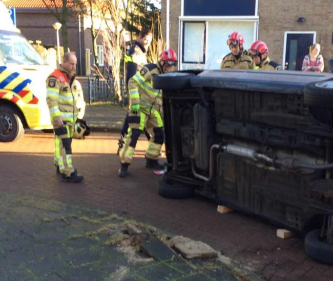 Geen gewonden bij ongeval in Larixstraat
