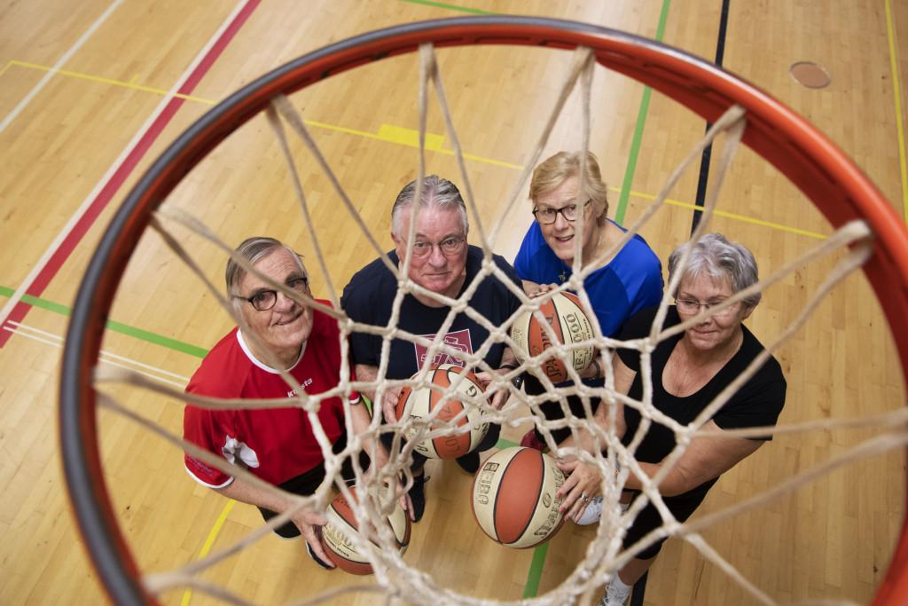 OldStarswalking basketball