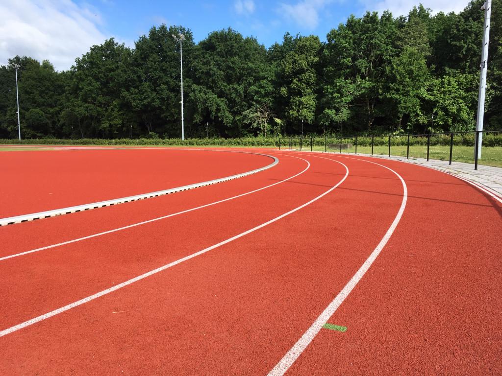 Vrije looptrainingen mogelijk op atletiekbaan