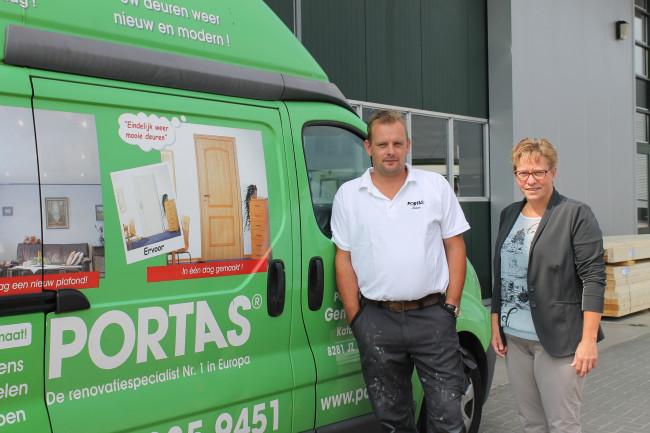 Portas adviseert over en renoveert deuren, trappen, keukens- en plafonds op maat
