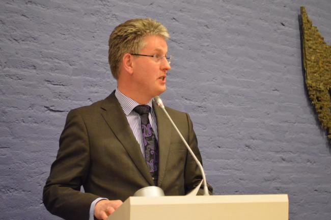 Wethouder Dirk Minne Vis.