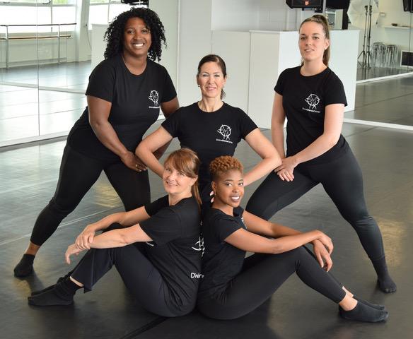 Het team van Divine Dance Center.