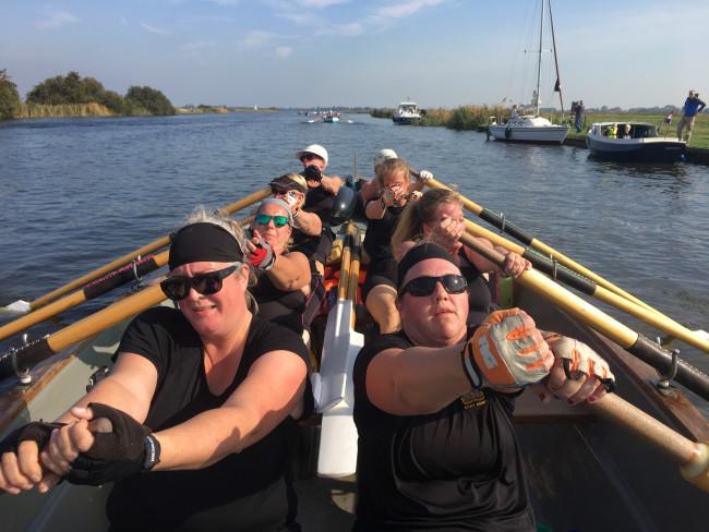 Het damesteam in de Voorganck op weg naar een derde prijs