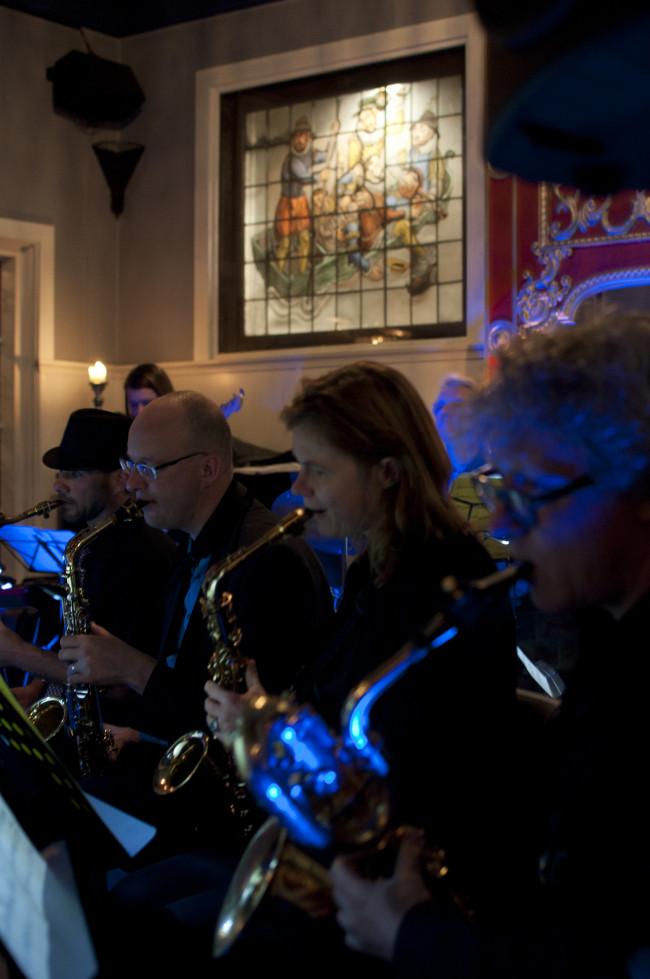 Bigband Kampen geeft op 01 januari 2019 om 15:30 uur haar jaarlijkse Katerconcert in de Foyer van de Stadsschouwburg