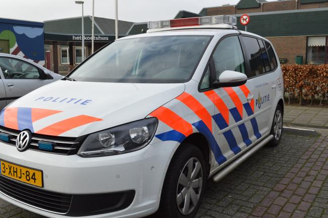 Politie vindt hennepkwekerij in kelder Biddinghuizen