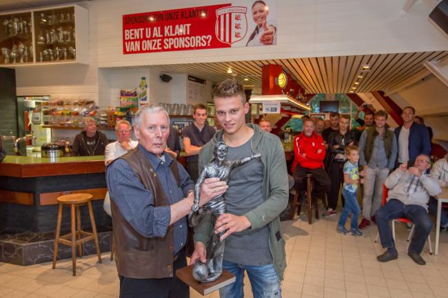 Roelof van den Berg beste speler van IJVV