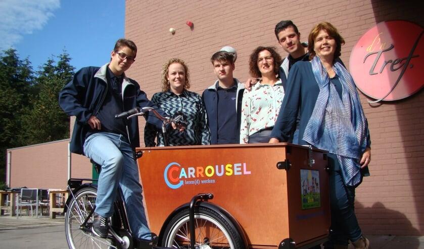 Stichting Meedoen ontving een mooie bakfiets   | Fotonummer: 476291