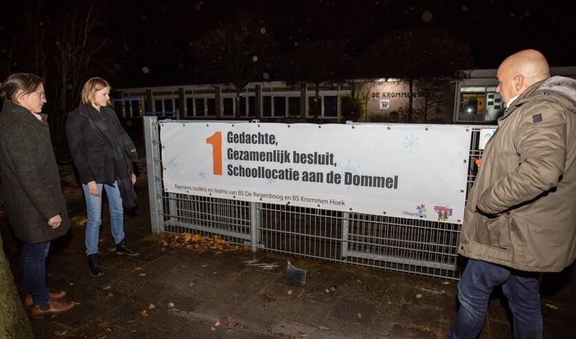 Het spandoek op de locatie Krommenhoek     Fotonummer: fde96c