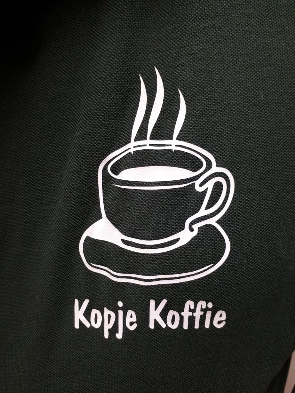 Het logo 'kopje koffie' is mogelijk gemaakt door Chris Bergmans Foto: Ingezonden © DeMooiSonenBreugelKrant