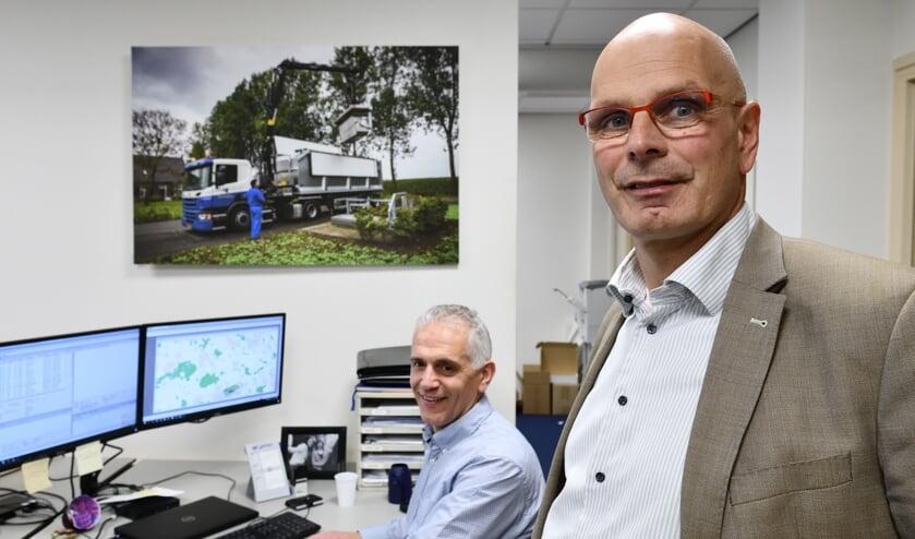 Johan van Overbeek (l) en Koert Ackerman (r) op de planningsafdeling van Rendac   | Fotonummer: 61955d