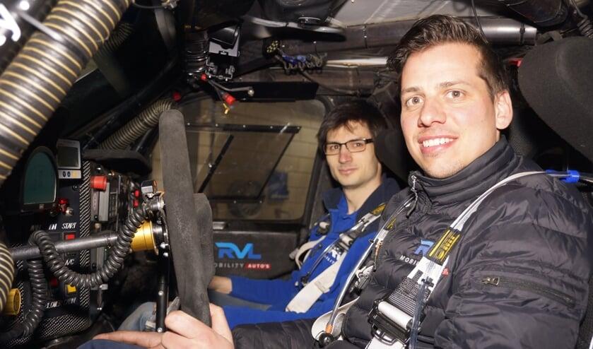 Navigator Erik Lemmen (l) en coureur Ronald van Loon (r)   | Fotonummer: 6d83c3