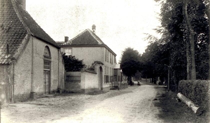 Het herenhuis van Son in 1890, nu bekend als Dommelstraat 12 (Foto 71621)   | Fotonummer: c7b264