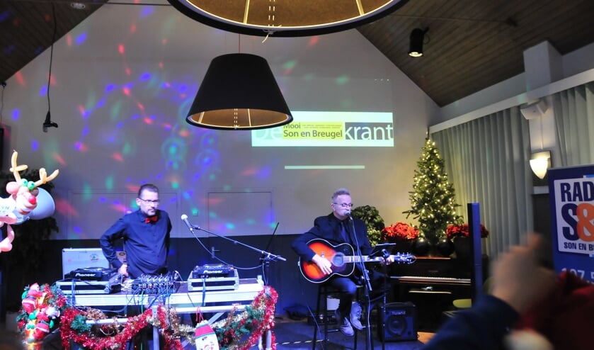 Toon Simpeltoon een van de vele artiesten bij Snow Radiop bij Snow Radio   | Fotonummer: 73b704