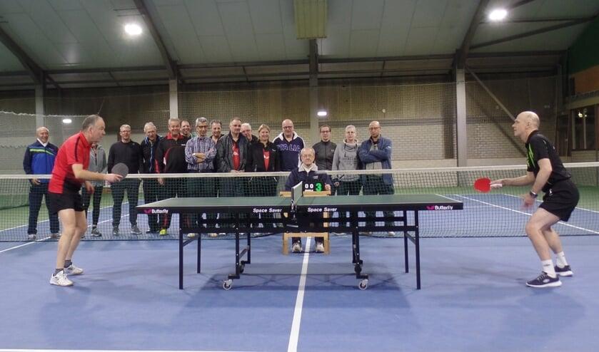Winnaar Eric van den Hurk (r) en Roland Robinson (l) tijdens de finale   | Fotonummer: 6f409b