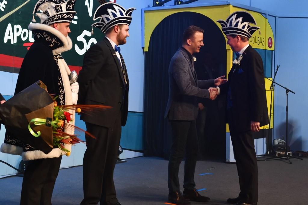 Remco neemt de felicitaties in ontvangst Foto: WilFeijen © DeMooiSonenBreugelKrant