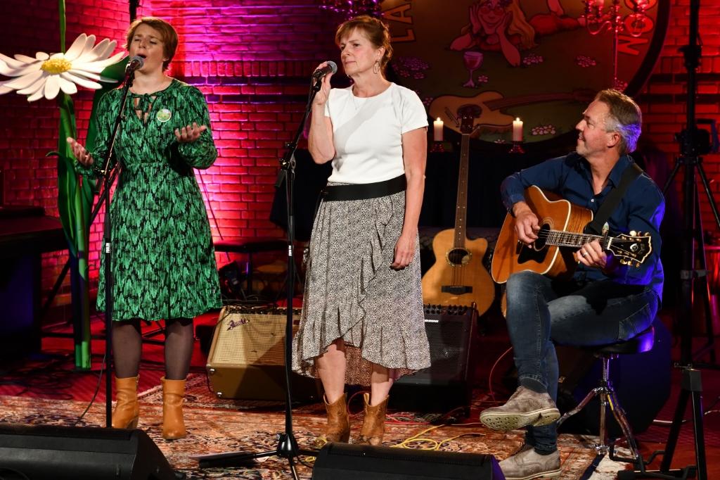 Jenny Levitt, Erica de Dijck en Benjo Plandsoen Foto: Wil Feijen © DeMooiSonenBreugelKrant