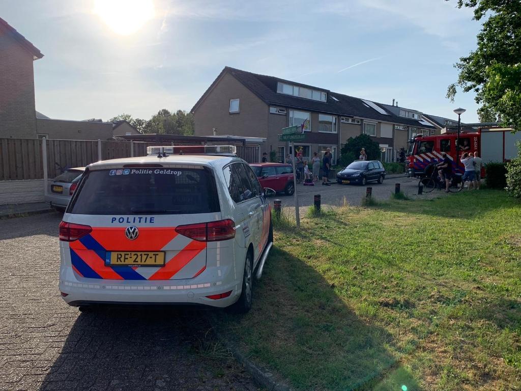 Ook de politie was aanwezig bij de brand Foto: 112nieuwsonline.nl © DeMooiSonenBreugelKrant