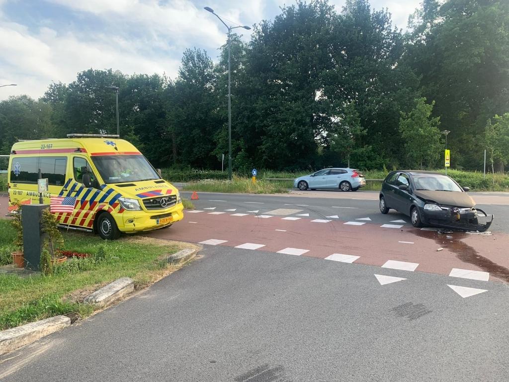 Beiden auto's raakte beschadigd Foto: 112nieuwsonline.nl © DeMooiSonenBreugelKrant