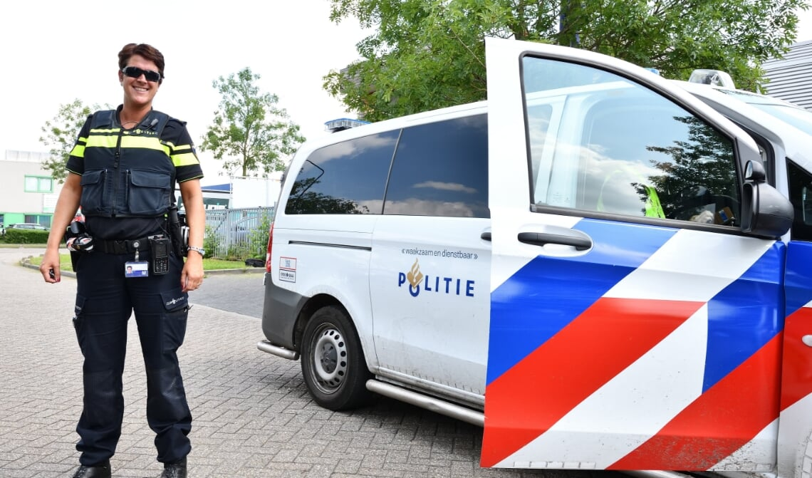<p>Diana van Moorsel (Operationeel Expert Gebiedsgebonden Politiezorg Son en Breugel en Hulp Officier van Justitie)</p>