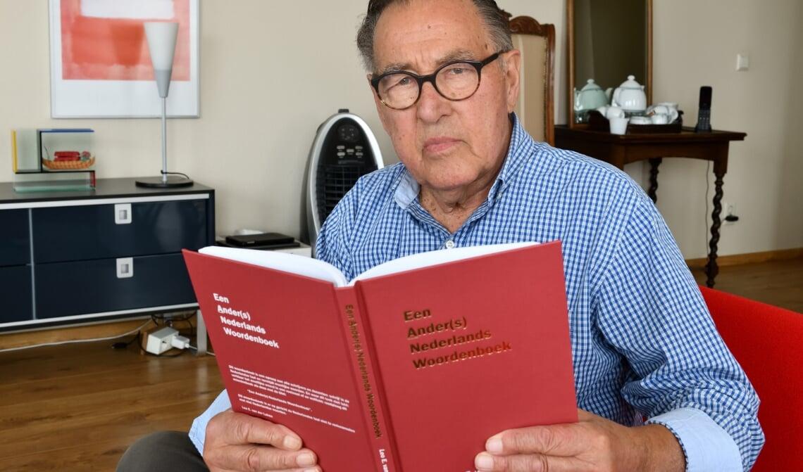 <p>Leo van der Laken geeft alternatief Nederlands woordenboek uit</p>