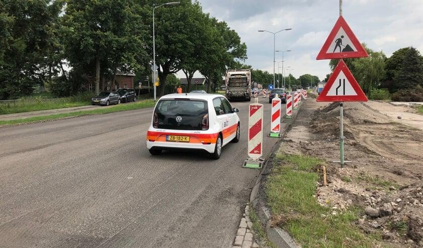 De uitvalsweg voor de wijk Roosenhorst wordt nu gerealiseerd op de Veurseweg. Met de bebouwing in Leidschendam wordt de weg straks flink drukker. Foto: VSK