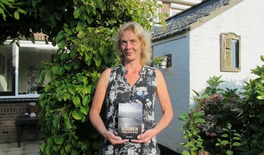 Rouwtherapeute Anne Remijn schreef een gedichtenbundel. Foto: pr