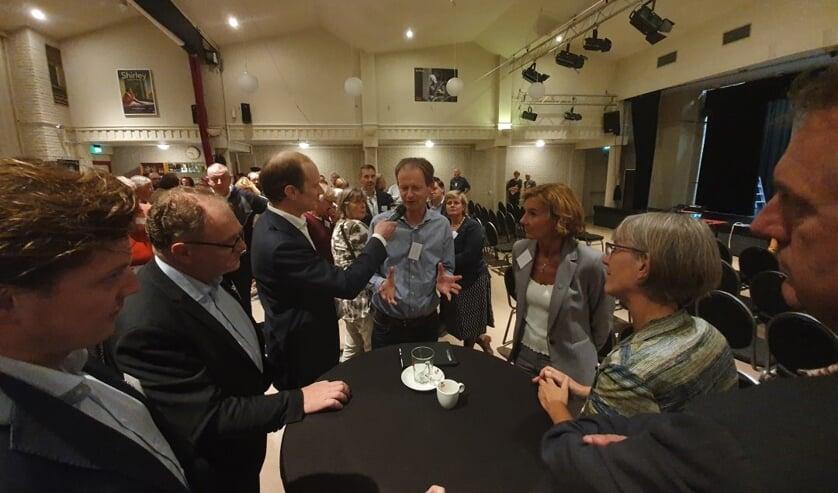 Pittige discussies tussen raadsleden uit de Leidse regio. Foto: Sleutelstad
