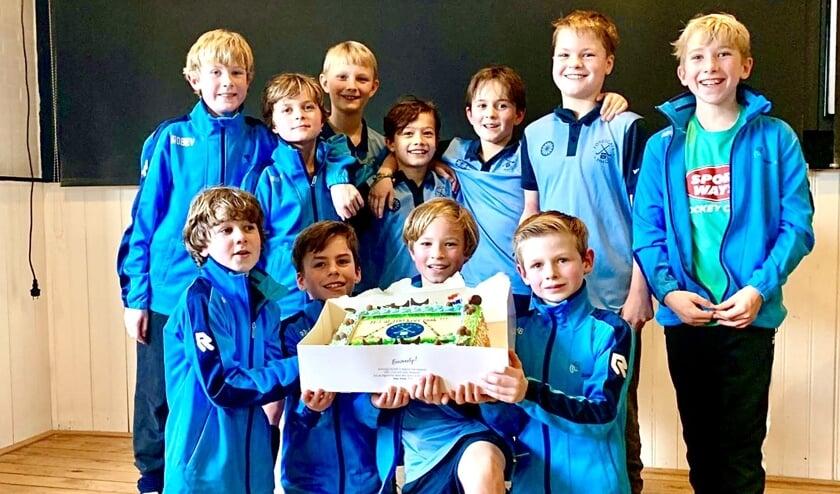 Team Forescate J8E1 vlnr: Friso, Pieter, Koen, Tijs, Mees, Kris, Meijne, Xander, Jens, Thom en Bas. Foto: MHC Forescate
