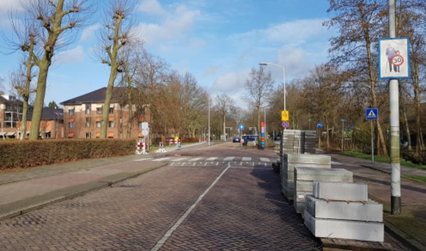 De Prins Bernhardlaan gaat een week dicht. Foto: gemeente Voorschoten
